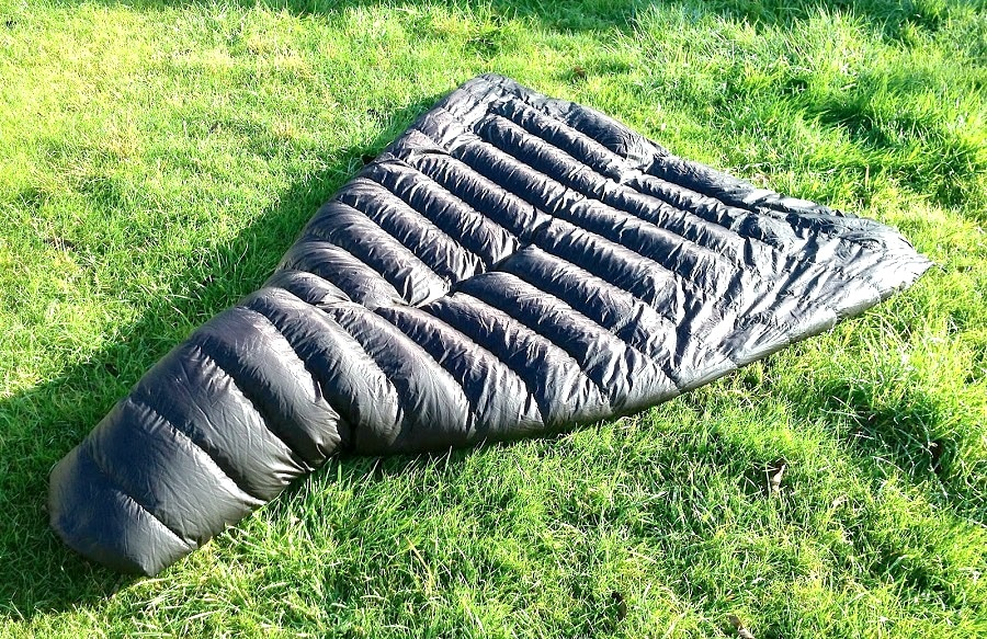 Surviving the Cold: Best Cold Weather Sleeping Bag Advice and Options