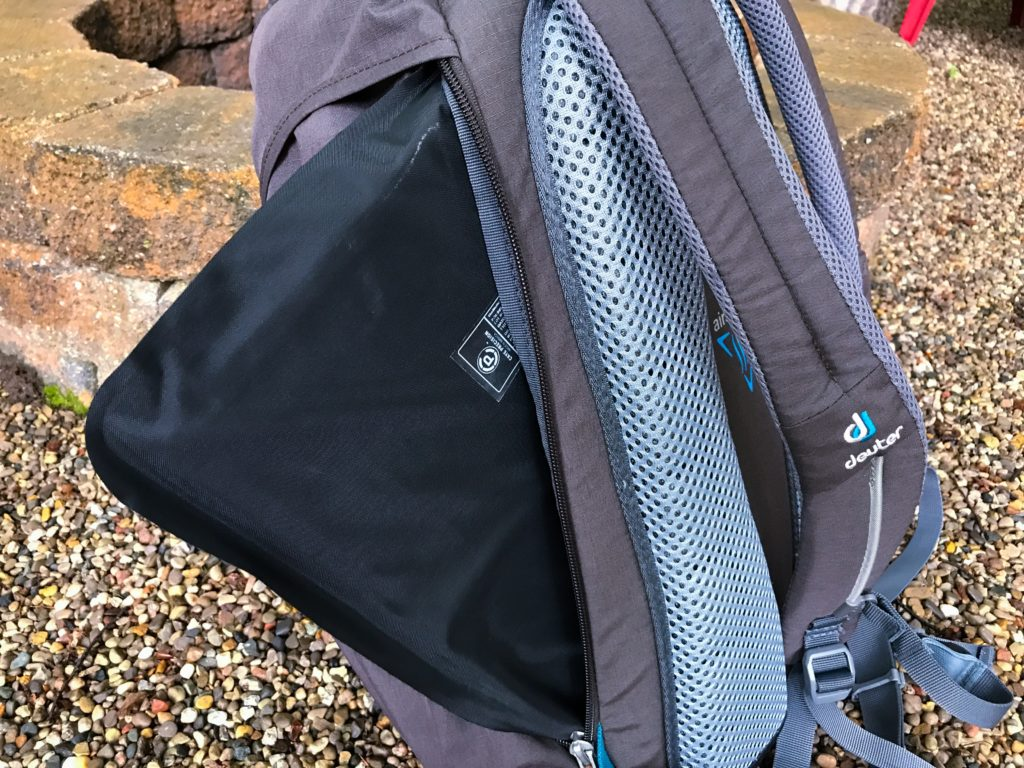 Deuter Walker 24 | Urban Daypack