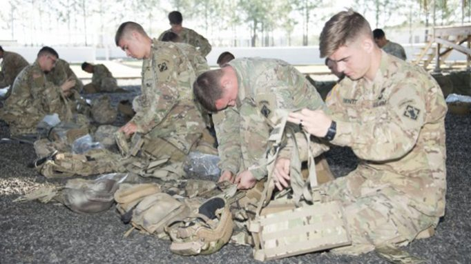 US Army Paratroopers Test Out a New Fighting Load Carrier