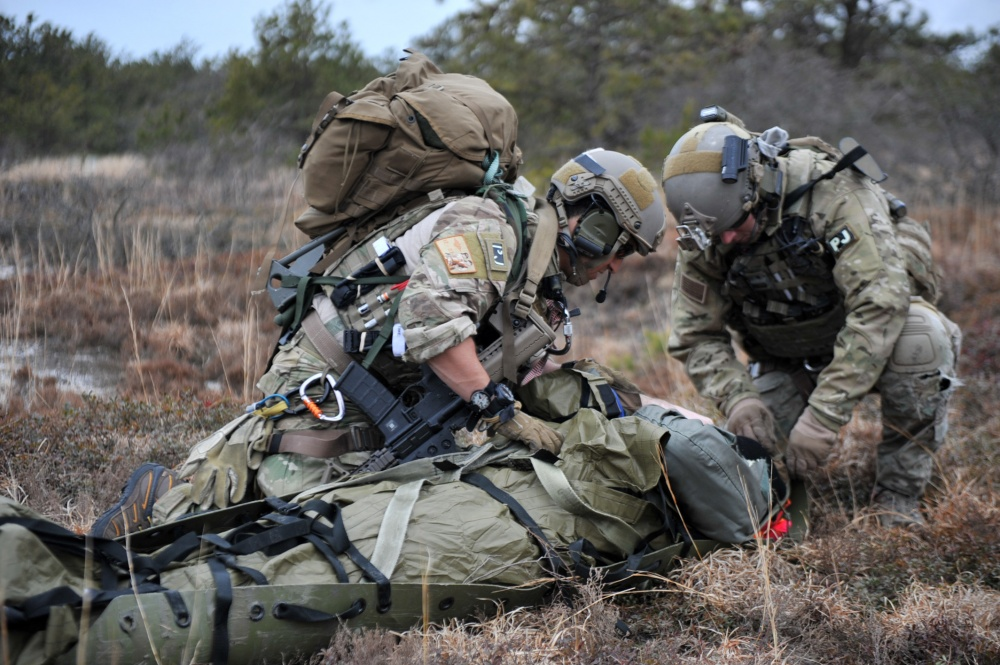 Loadout Room Photo Of The Day 102nd Rescue Squadron Training The