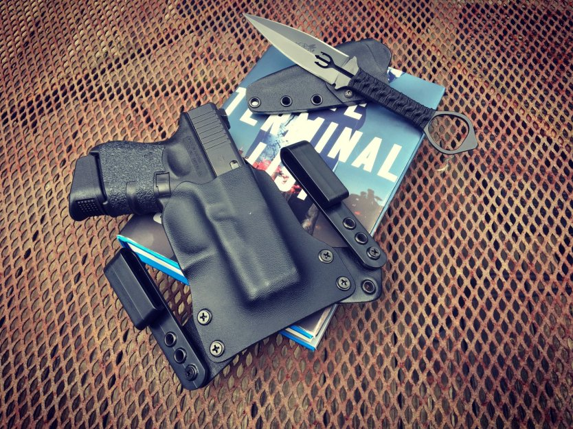 BlackPoint Tactical Mini WING holster: Used by James Reece in The Terminal List