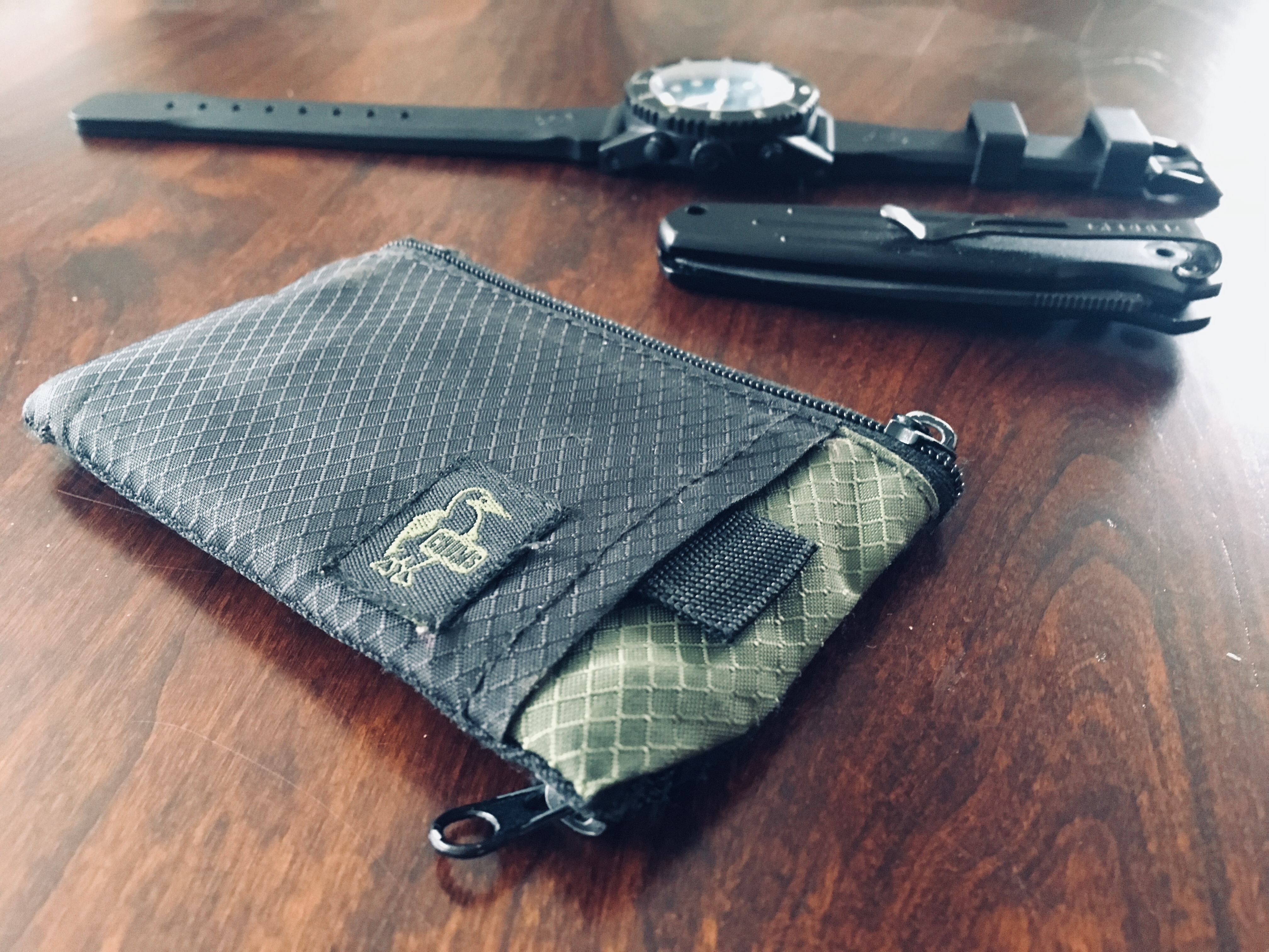51379e7304 Chums Surfshorts Wallet: The perfect front pocket wallet for an ...