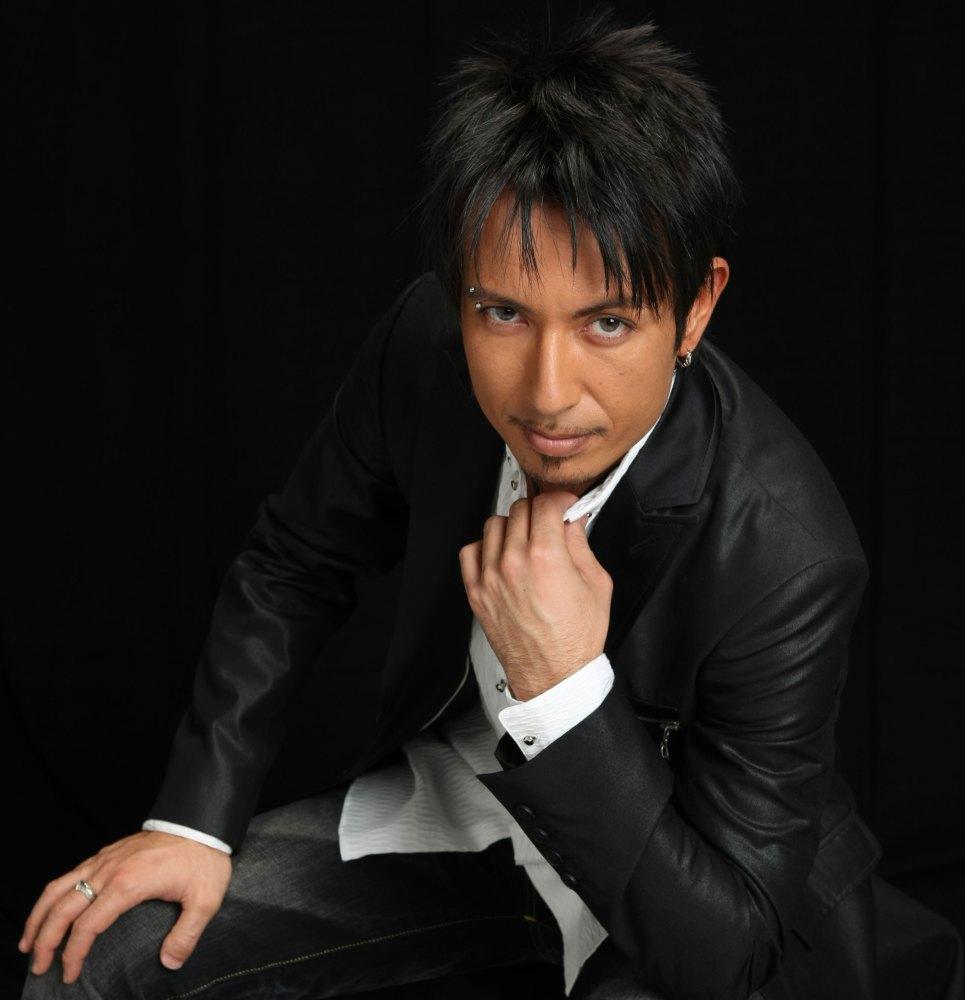 Cyril Takayama (2/2)