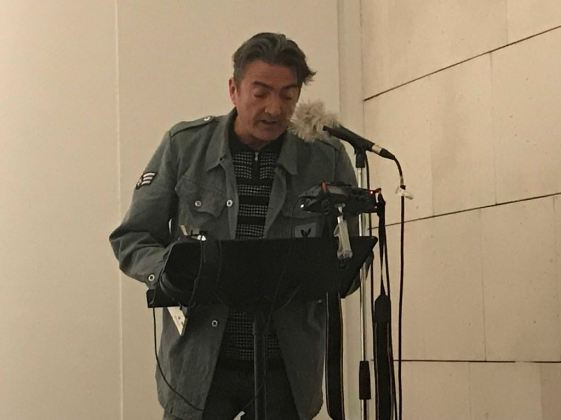 """Julio Soler en el encuentro literario """"La Movida y los 80"""". Foto: Carmen Dueñas"""