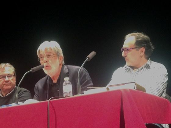 """Eloy Sánchez Rosillo durante el Ciclo de Literatura """"La dignidad de la palabra"""""""