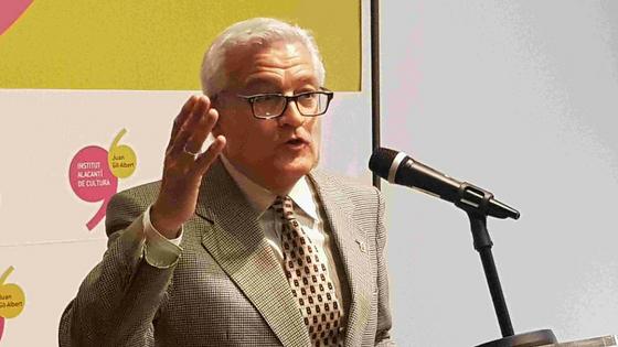 La Casa Bardín celebró su décimo aniversario como sede del Instituto Alicantino de Cultura Juan Gil-Albert