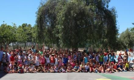 Més de 230 xiquets i xiquetes participen en la 'Escola d'Estiu' que organitza la Regidoria d'Educació de El Campello