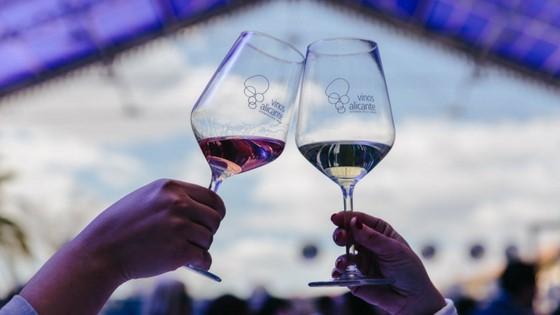 """Los Vinos Alicante DOP de 2017 obtienen una calificación """"Muy Buena"""""""