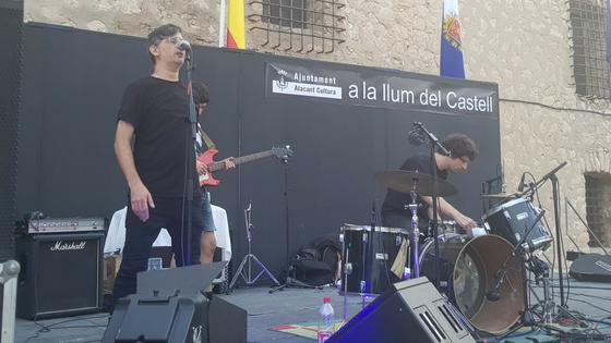 L'artista Pablo Bellot CRIDA des del Castell de Santa Bàrbara