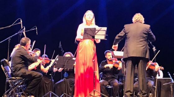 """""""SENSACIONS D'ESTIU"""" aquest cap de setmana amb un cocierto de música tradicional """"Soca en arrel"""" i un Teatre de Lina Morgan"""
