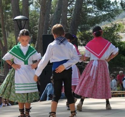 Promesas Grupo de Danzas de Villena. Foto: KAKV