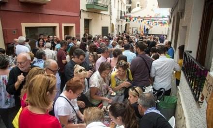 """Finestrat commemora el """"Nou d'octubre"""" amb un homenatge a la música valenciana més tradicional"""