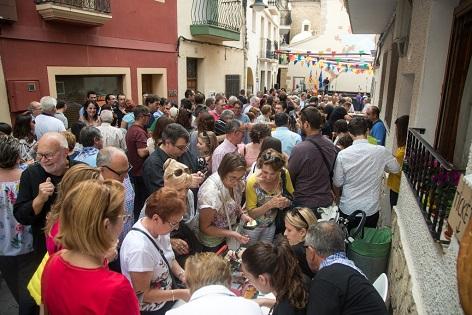 """Finestrat conmemora el """"Nou d'octubre"""" con un homenaje a la música valenciana más tradicional"""