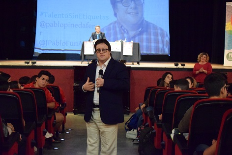 """Pablo Pineda: """"Hay que aceptar a la gente por lo que es y no por lo que queremos que sea"""""""
