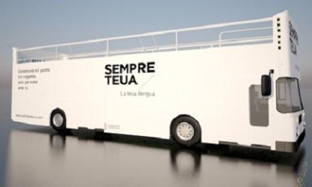 El Bus de la Llengua promou l'ús del valencià a Novelda