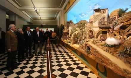 La tradicional Exposición de Belenes abre las puertas a la celebración de la Navidad en la Diputación de Alicante