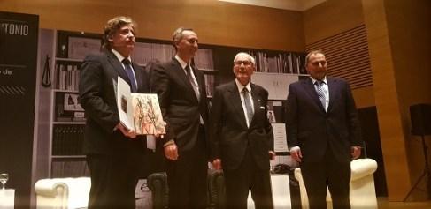 """Presentación de libro """"Juan Antonio García Solera: testimonio de una época"""". Foto: Juanjo Cervetto"""