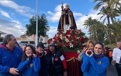 Multitudinaria Romeria de Sant Antón a Elx