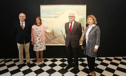 La Diputación de Alicante exhibe hasta abril una muestra de las obras y reconocimientos del artista José Pérezgil