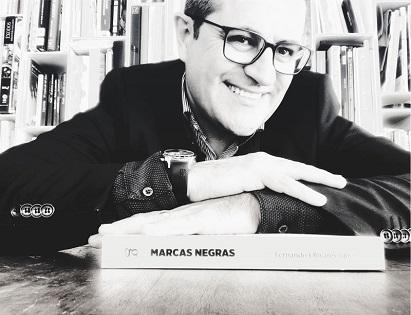 Fernando Olivares presenta su libro «Marcas Negras» en la Sede Ciudad de Alicante