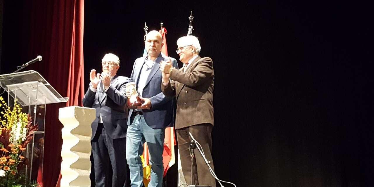 """El escritor Josep Vicent Escartí Soriano gana el Premi Enric Valor de Novel·la 2018 con la obra """"El mas de les ànimes"""""""