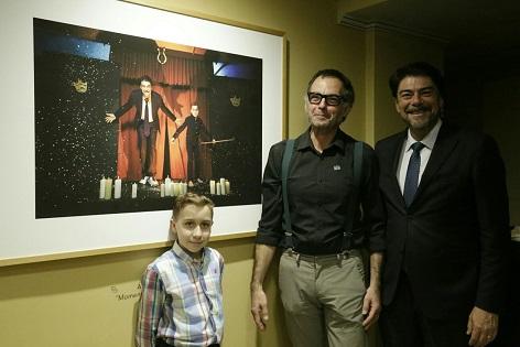 """Se ha inaugurado la exposición de fotografía """"Familiarízate con el Principal"""" en el Teatro de Alicante"""