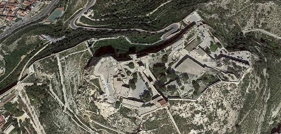 El Ayuntamiento de Alicante repara el lienzo oeste de la muralla del Monte Benacantil