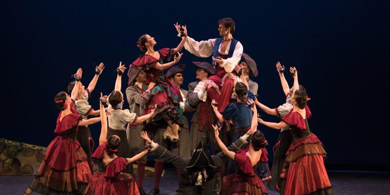 """La companyia d'Antonio Márquez en el Teatre Chapí, amb """"El barret de tres pics"""" i """"Bolero"""" de Ravel"""