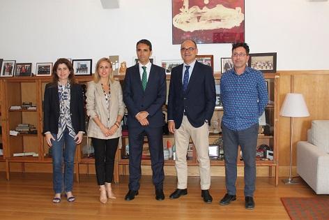 Cajamar renova el compromís com a patrocinador de l'Orquestra Filharmònica de la UA
