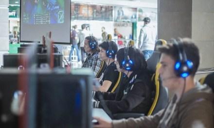 Petrer apuesta por los videojuegos y los eSports
