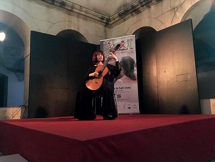 """Margarita Escarpa deleitó al público con un magistral concierto dedicado a Chopin en el Festival de Guitarra """"Ciutat d'Elx"""""""