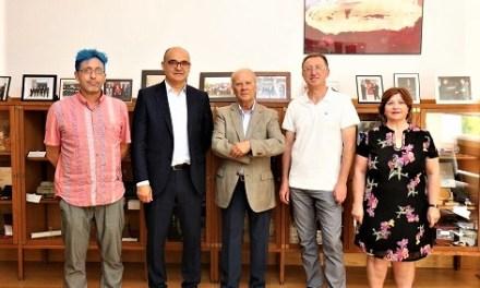 La Universitat d'Alacant i l'Acadèmia Valenciana de la Llengua renoven el seu compromís de col·laboració