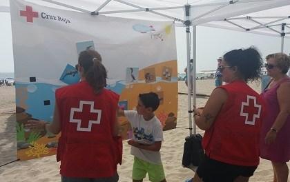"""La platja Carrerlamar de El Campello acull l'exposició """"MEDITERRANI DEIXA QUE ET CUIDE"""""""