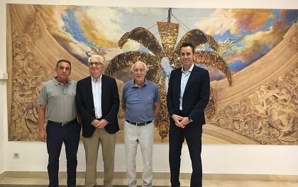 Nuevo convenio entre Caja Rural Central y el Misteri para contribuir a La Festa