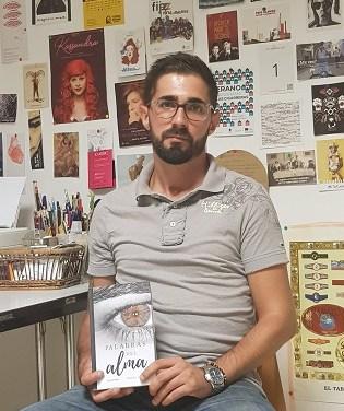 """""""Palabras del alma"""", la primera obra del autor alicantino Ángel Valor"""