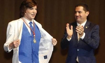 La Diputación de Alicante y el Ayuntamiento de Alcoy lamentan el fallecimiento de Camilo Sesto y se unen al dolor de su familia y amigos