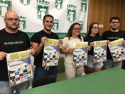 Once equipos de Petrer, Elda y Agost competirán en los Autos Locos, una divertida carrera que se celebra el día 14 por las calles de Petrer