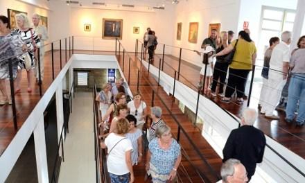 Xàbia da un nuevo impulso al arte y financiará un catálogo a todos los artistas que expongan en las salas municipales