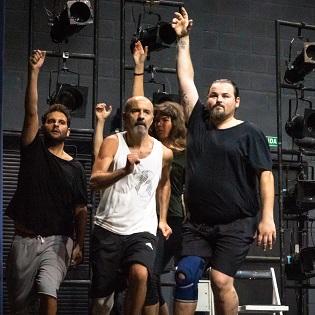 """La II Residencia José Estruch Teatro Principal  de Alicante  culmina con el Estreno Nacional de  """"Todas las noches de un hombre dormido"""""""