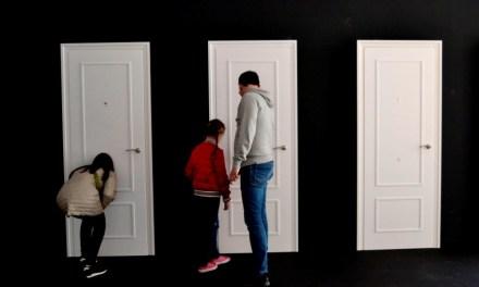 "Concha Ros expone ""Self Made Woman"" en la Casa de Cultura de Villena"