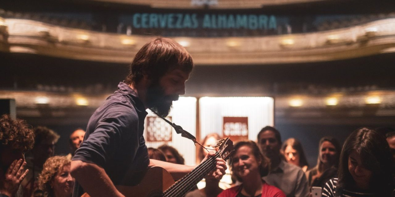 """El acústico de Enric Montefusco cierra el ciclo """"Momentos Alhambra en el Escenario"""" en el Teatro Principal"""