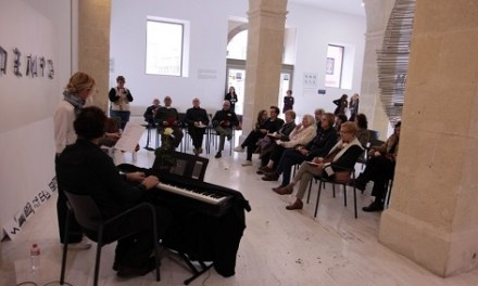 Arriba la huitena edició del programa «Reminiscències. Art i Cultura contra l'Alzheimer» en el MACA
