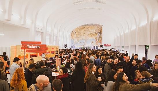 'La Estación' de Mahou convirtió El Hall Séneca en el epicentro de la cultura, el ocio y la gastronomía de Alicante
