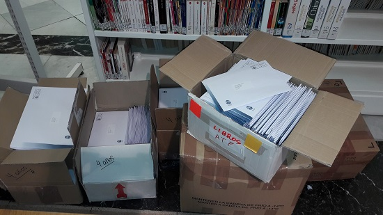 Cultura realitza el primer enviament de 600 llibres per als infants d'Alcoi