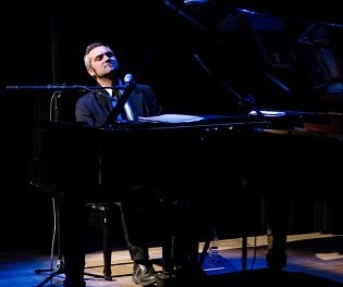 Sostenemos Cultura presenta a Mariano Siccardi, músic pianista