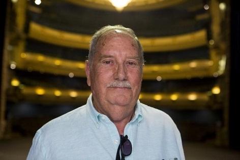 El Principal de Alicante se despide de su exdirector Luis de Castro