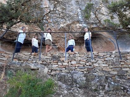 Finalizan las obras de accesibilidad alrededor de las pinturas rupestres de la Sarga en Alcoy