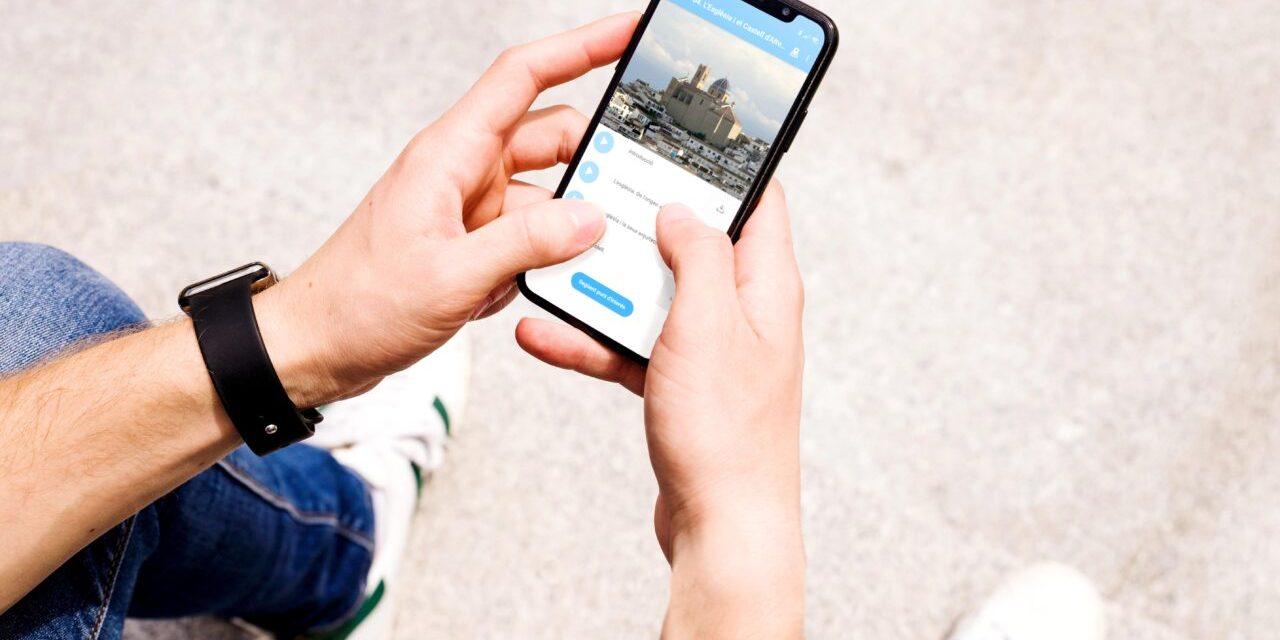 Turisme anuncia la incorporació de tres noves rutes a l'aplicació Play Altea dedicades a la serra de Bèrnia, l'art i Altea la Vella