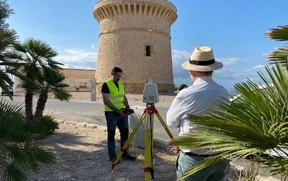 Experts en enginyeria civil de la Universitat d'Alacant escanegen la Torre de la Illeta de El Campello per a diagnosticar-la i determinar futures restauracions