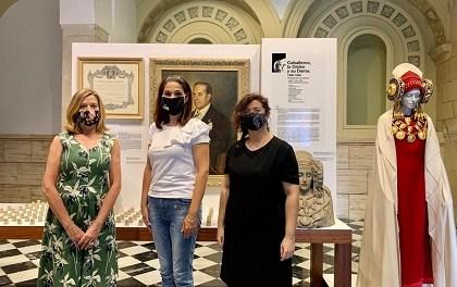 El centre cultural Les Clarisses acull fins al 4 d'octubre una exposició en la qual es recorren els 52 anys de la història de la Reial Orde de la Dama